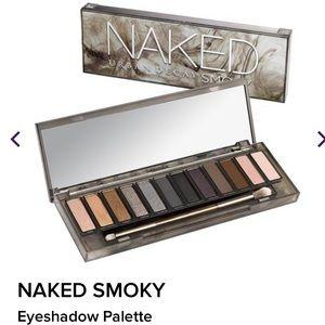Urban Decay NIB Naked Smokey Palette & Brush! HTF!